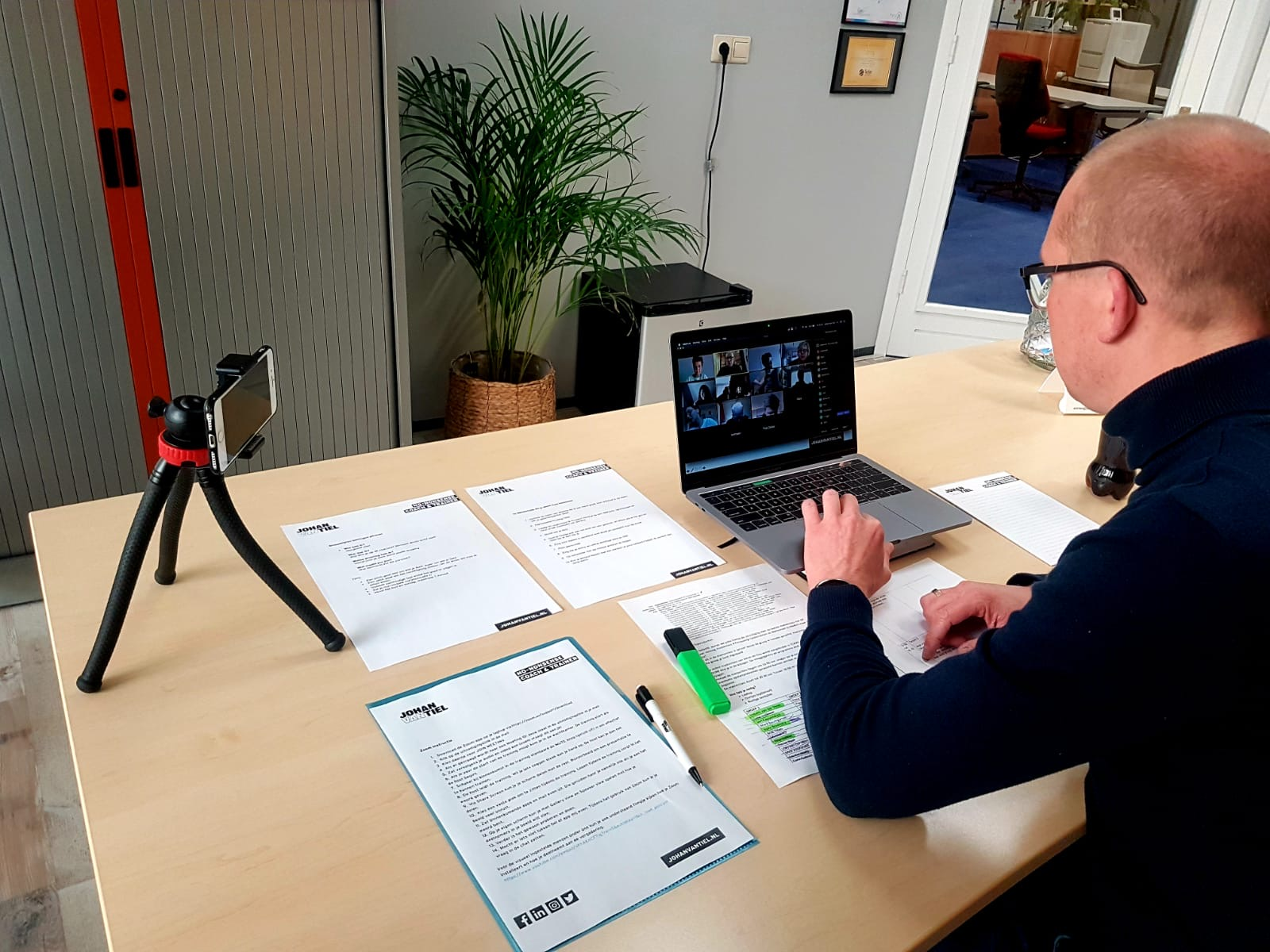 Johan van Tiel online training